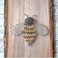 Bee Wire String Art Decoration, a Free Pattern from Beadalon