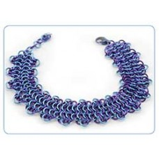 Cabbage Patch Chain Maille Bracelet - Free Pattern by Lauren Andersen