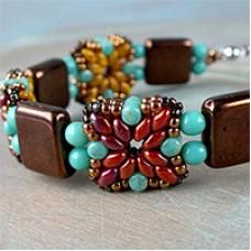 Tara SuperDuo Rulla Bracelet, A Free Pattern by Nela Kabelova
